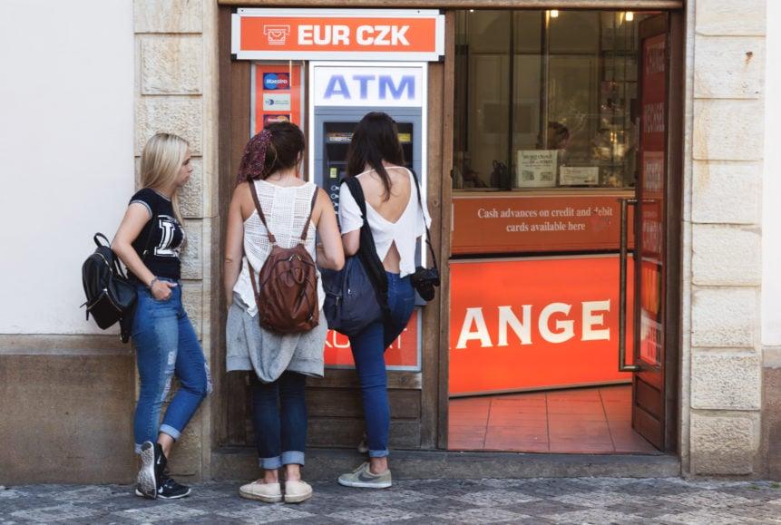 habla con tu banco antes de tu intercambio